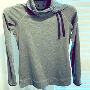 Women's Nike dry fit sweatshirt